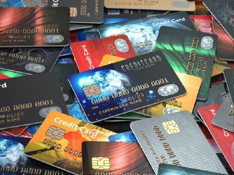 Credit Card खोने पर बैंक देता है मुआवजा, जानें कैसा करना होगा क्लेम
