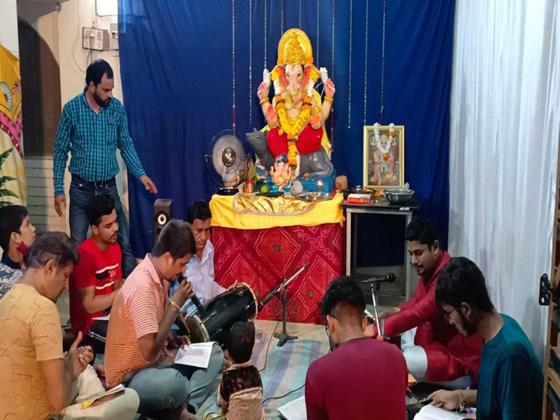 Ganeshotsav 2021: MP के खंडवा में मुस्लिम परिवार ने गणेश स्थापना के लिए घर में दी जगह
