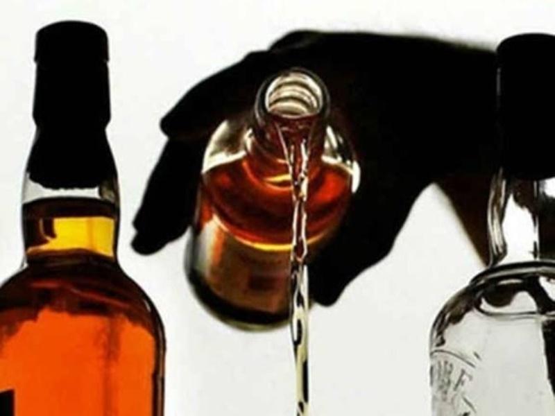 Morena News:  बीहड़ों से बागी हटे तो फैला अवैध शराब और मिलावट का कारोबार