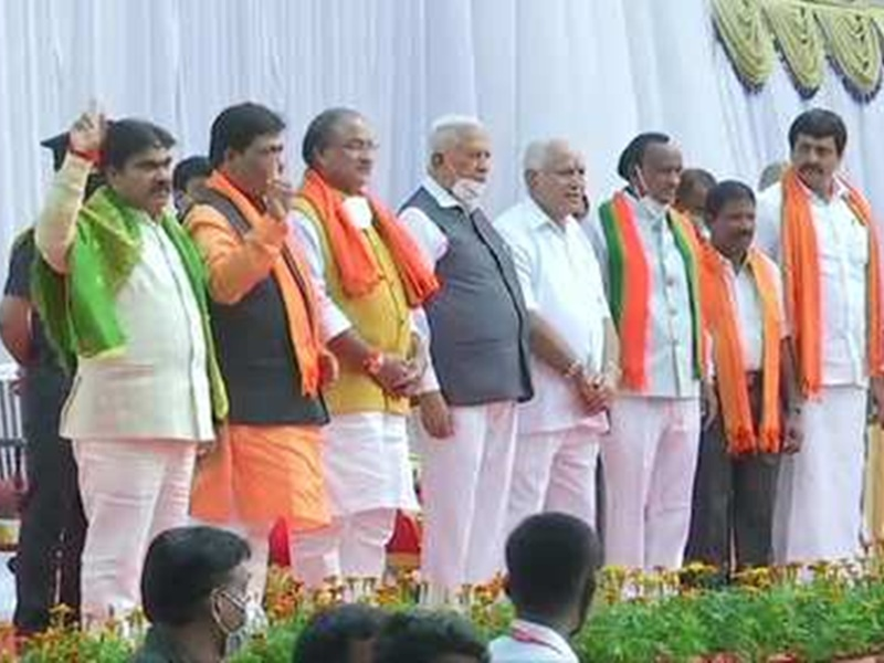 कर्नाटक कैबिनेट में 7 नए मंत्री शामिल, येदियुरप्पा मंत्रिमंडल में तीसरा विस्तार