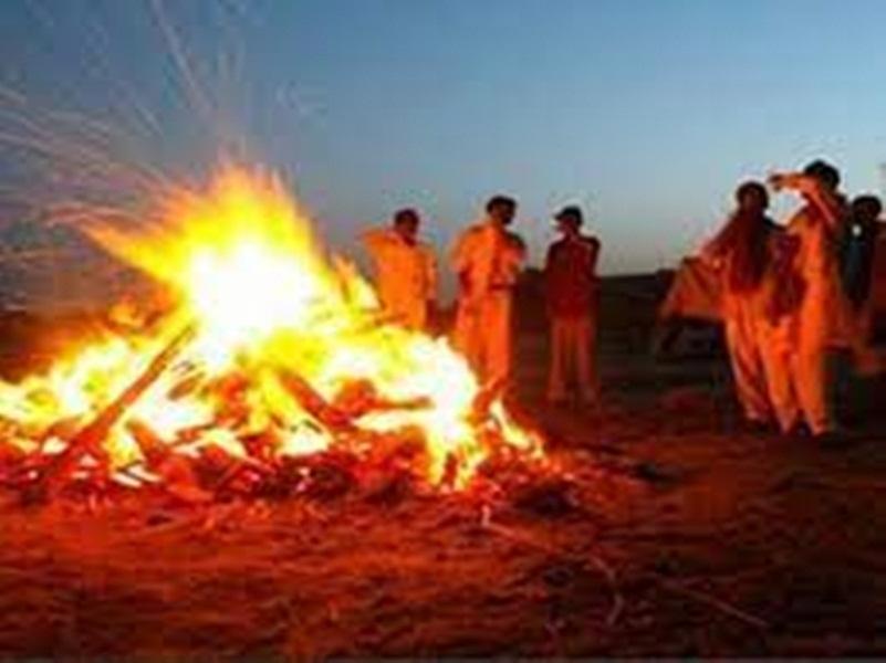 Hindu Cremation: सूर्यास्त के बाद अंतिम संस्कार उचित नहीं, स्वर्ग नहीं मिलता