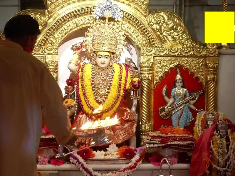 Navratri 2021 Live Aarti: चैत्र नवरात्र के मौके पर देखिए लाइव आरती और प्रसिद्ध मंदिरों की आज की तस्वीरें