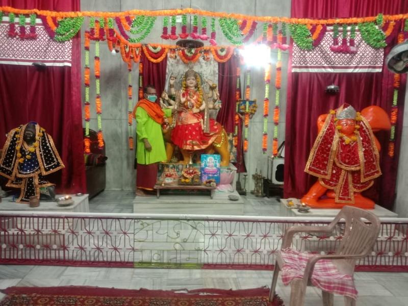 Chaitra Navratra 2021: मंदिरों में पसरा सन्नाटा, घरों में गूंज रहे मां जगदंबा के जयकारे