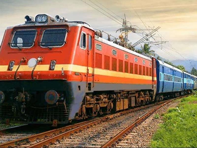 Indian Railways: 31 स्पेशल ट्रेनें रद्द, इन राज्यों में जाने वाले लोगों को होगी परेशानी