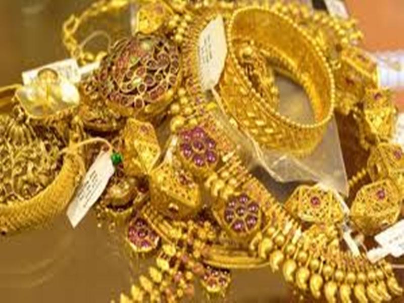 Gold Silver Rate : बाजार में बड़ा उछाल, चांदी के भावों में 858 रु. की तेजी, सोना भी 49000 पार, जानिये आज के ताजा रेट