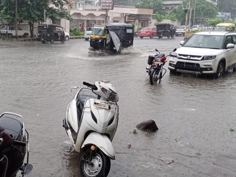 Madhya Pradesh Weather Update : बालाघाट, खंडवा, झाबुआ सहित 8 जिलों में अति भारी बारिश की चेतावनी