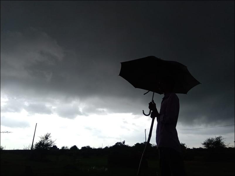 Weather Update : गुजरात के कई जिलों में भारी बारिश की आशंका, NDRF की 13 टीमें तैनात