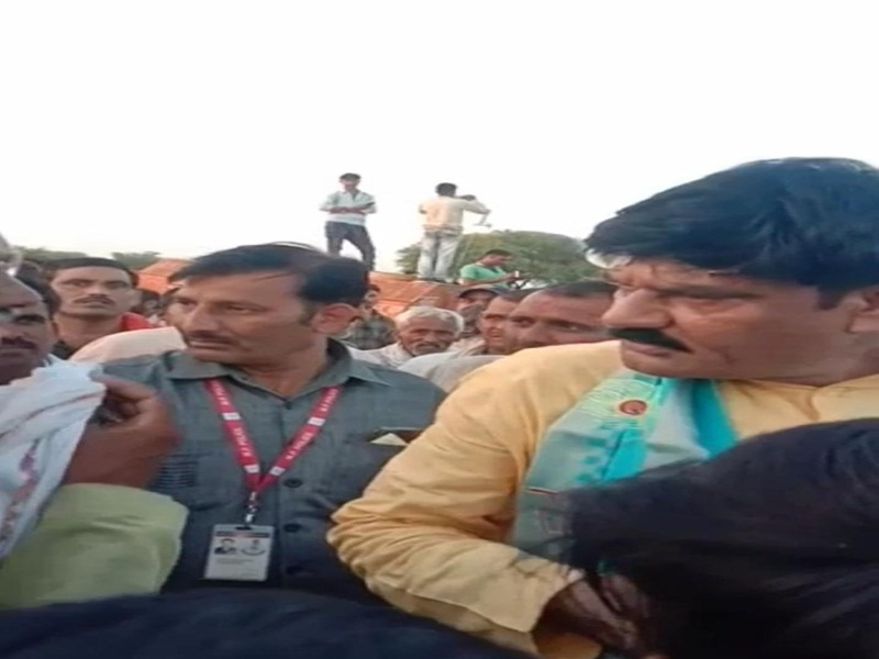 Bhind Minister OPS Bhadoria News: मंत्री बोले- हट, देख नहीं रहा मैं कलेक्टर से बात कर रहा हूं, राष्ट्रपति है तू