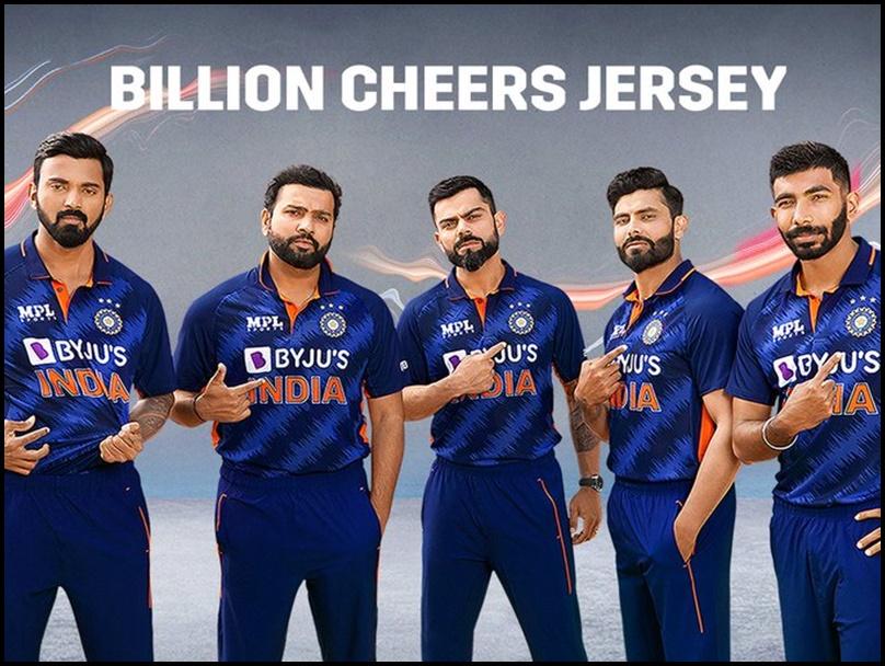 T20 World Cup: टीम इंडिया की नई जर्सी लॉन्च, ऐसे दिखेगी भारतीय टीम, देखें Photo