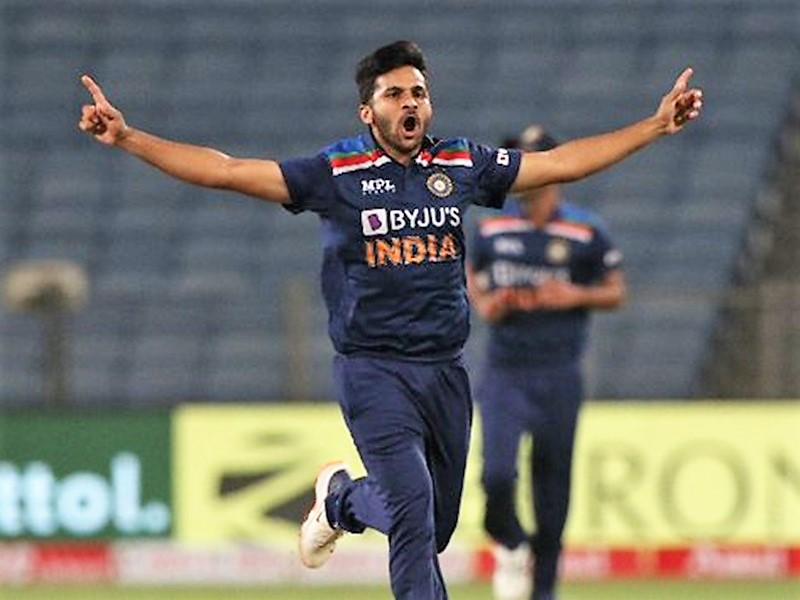 T20 World Cup: टीम इंडिया में एक बदलाव, अक्षर पटेल की जगह शार्दूल ठाकुर टीम में हुए शामिल