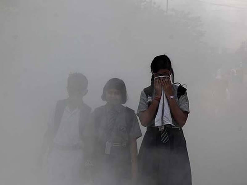 प्रदूषण की वजह से दो दिनों तक बंद रहेंगे दिल्ली-एनसीआर के स्कूल