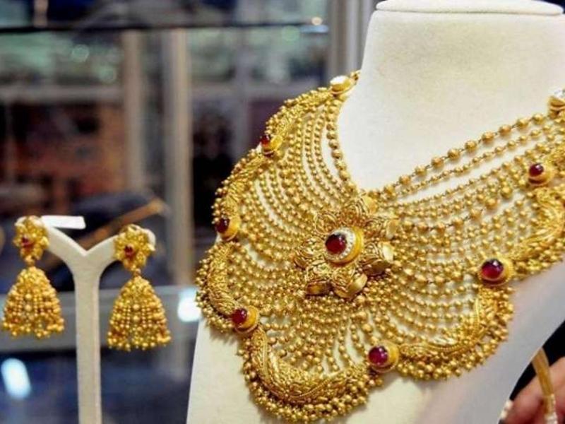 Gold Rate Today: 225 रुपए महंगा होकर 38,715 रुपए प्रति 10 ग्राम पर पहुंचा सोना, जानिए चांदी का भाव