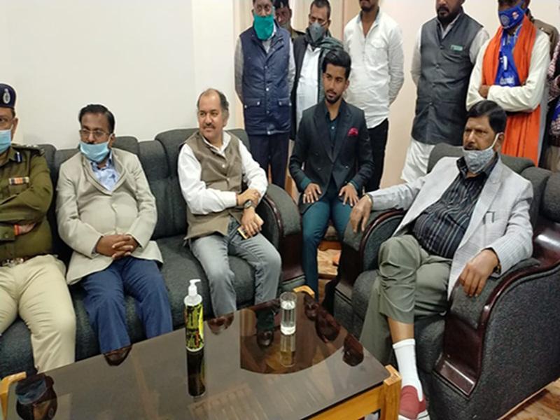 Bilaspur News: केंद्रीय मंत्री अठावले ले कहा- केन्द्र सरकार वापस नहीं लेगी कृषि कानून, संशोधन के लिए तैयार