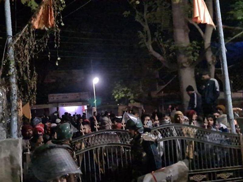 सांवेर के पास शराब पकड़ने गई पुलिस से ग्रामीणों का विवाद, महिला की मौत