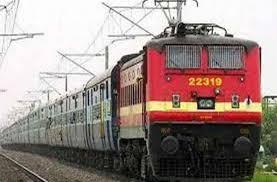 Bilaspur Railway News: फ्रंट लाइन रेलकर्मियों को लगे कोरोना वैक्सीन, रेल प्रशासन से मजदूर कांग्रेस ने की मांग
