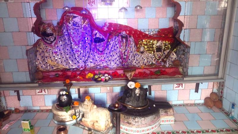 Jabalpur News : बड़ी मढ़िया में नवदुर्गा की नौ पाषाण प्रतिमाओं का हो रहा पूजन