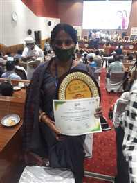 तमनार सेक्टर के भगोरा आंगनबाड़ी के पोषण वाटिका को राज्य स्तरीय पुरस्कार मिला