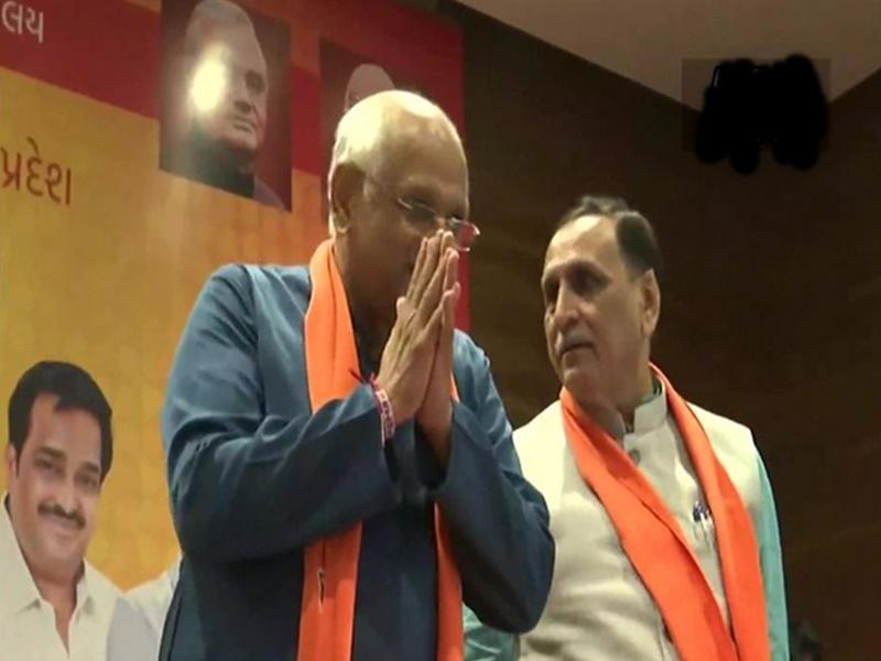 गुजरात में नए मुख्यमंत्री के शपथ ग्रहण के साथ ही गुरुवार को होने वाले मंत्रिमंडल गठन पर मंथन शुरू