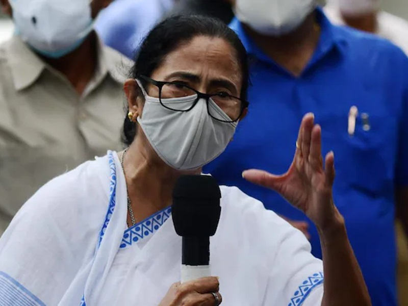 ममता बनर्जी की चुनाव आयोग से शिकायत, नामांकन पत्र में 5 आपराधिक केस की बात छुपाने का आरोप