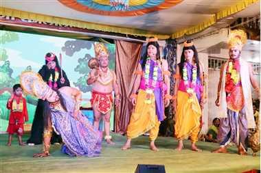 प्रभु श्री राम ने किया बाली का वध, सुग्रीव का किया राज्याभिषेक