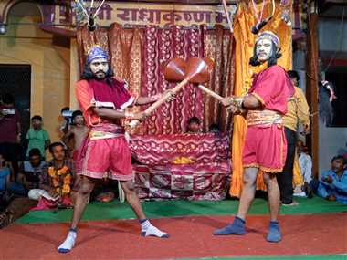 राम-हनुमान मिलन और बालि-सुग्रीव युद्ध से दर्शक रोमांचित
