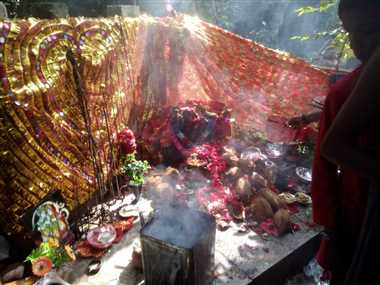 नवमीं पर कोसगाई में देवी दर्शन के लिए श्रद्धालुओं की लगी भीड़