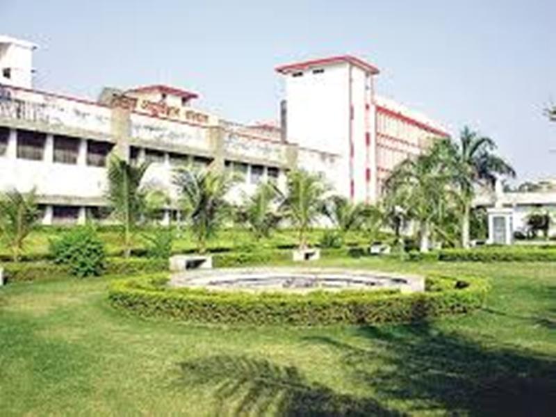 Bilaspur Cims News: बिलासपुर के सिम्स में शराबी ने मचाया हंगामा, डॉक्टरों से की हुज्जतबाजी