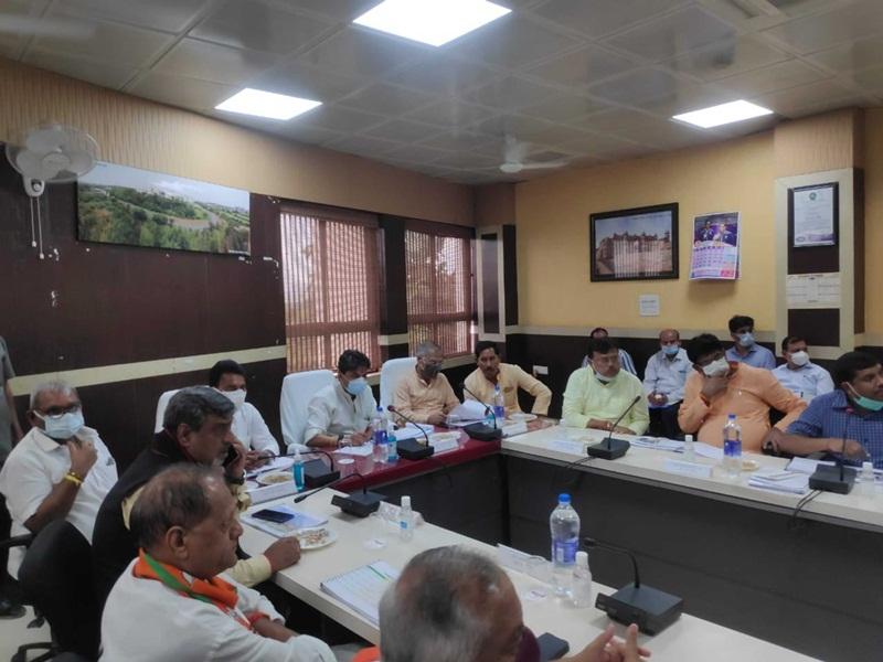 Gwalior Administration News: राष्ट्रीय स्तर पर बने जिले की पहचान,ऐसे करें नवाचार