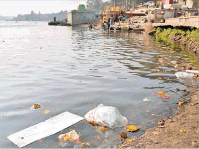 MP Pollution Control Board: दुर्गा प्रतिमा विसर्जन के पहले प्रदूषण जांचने नर्मदा नदी से लिए नमूने