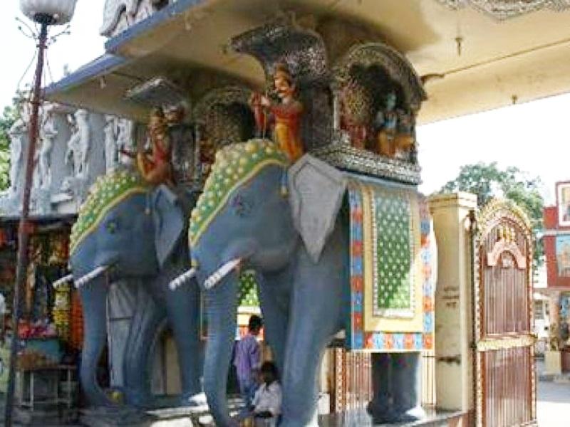 Indore Dharma News:  मां अन्न्पूर्णा के दरबार में जरूरतमंदों को मिल रहा शिक्षा का दान