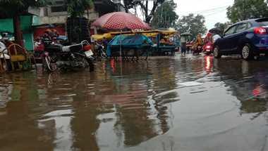 शहर में 12 घंटे में हुई दो इंच बारिश दर्ज