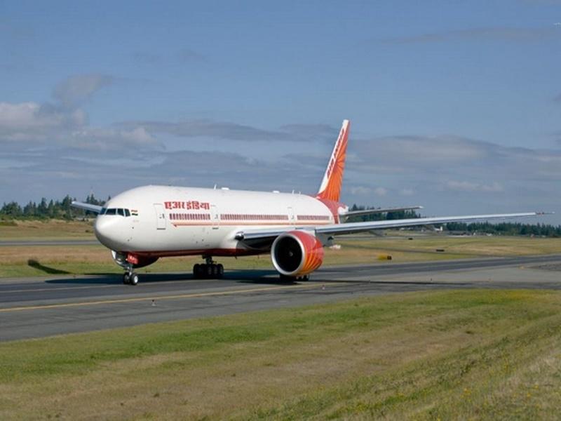 Air India को खरीदने के लिए Tata ने लगाई बोली, स्पाइस जेट भी रेस में, अंतिम चरण में विनिवेश प्रक्रिया