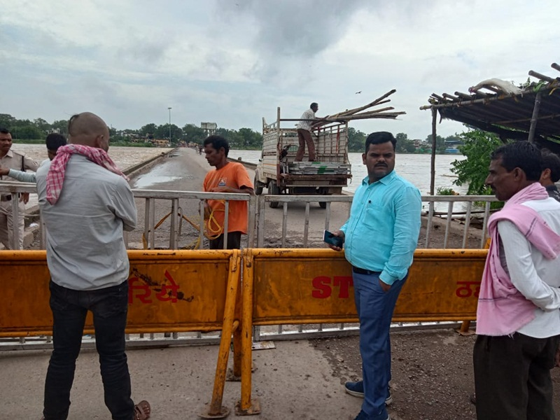 Weather Update in Bilaspur: भारी बारिश, शहर का प्रमुख मार्ग शनिचरी रपटा बंद