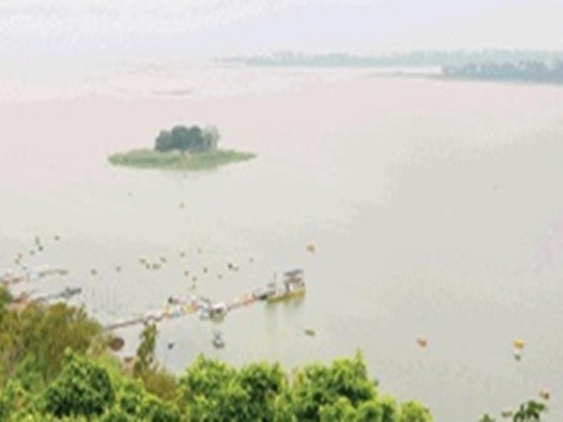 Bhopal News: एक मीटर पानी बढ़ा तो खुल जाएंगे केरवा डैम के गेट, बड़ा तालाब एक फीट उछला