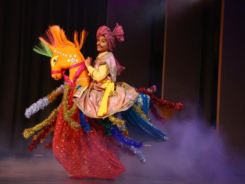 Bhopal Art News: घोड़े का रूप धारण करके नृत्य की परंपरा है दुलदुलघोड़ी, जनजातीय संग्रहालय में हुआ मंचन