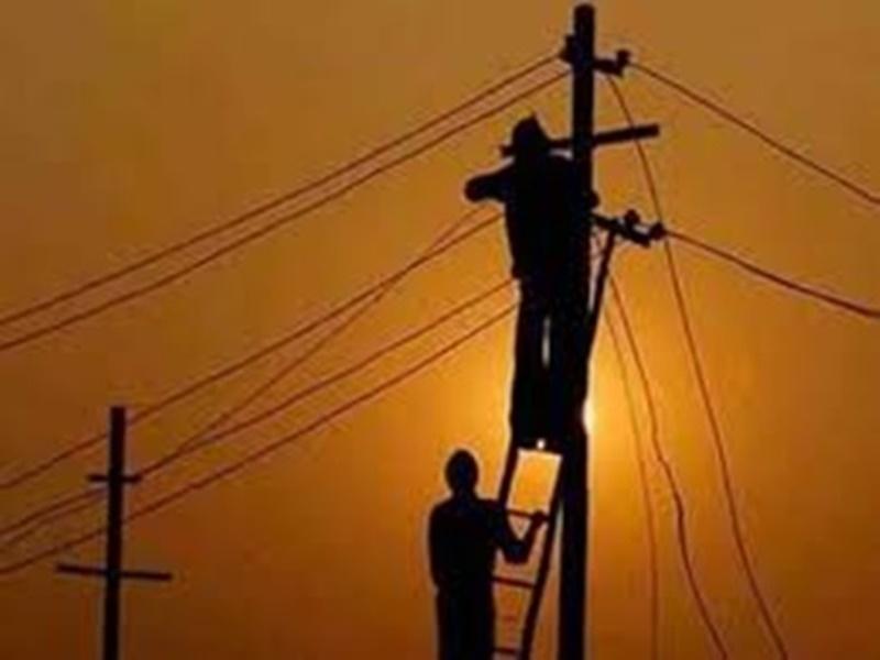 Jabalpur News : लाकडाउन में बिजली बंद होने से हलाकान हो रही जनता