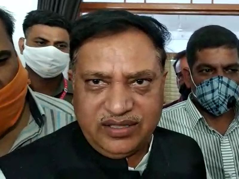 VIDEO : सहकारिता मंत्री अरविंद भदौरिया ने दिग्विजय से पूछा, क्या लक्ष्मण भी बिकाऊ थे
