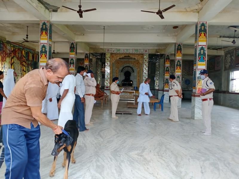 Madhya Pradesh News: दमाेह जिले के जैन तीर्थ क्षेत्र बेलाजी से 12 मूर्तियां चोरी