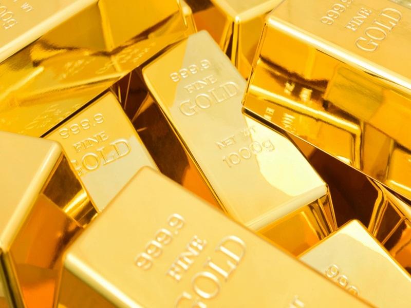 Gold Price Update : सोने की कीमत में गिरावट, चांदी ने भी दिया झटका, जानिए आज के भाव