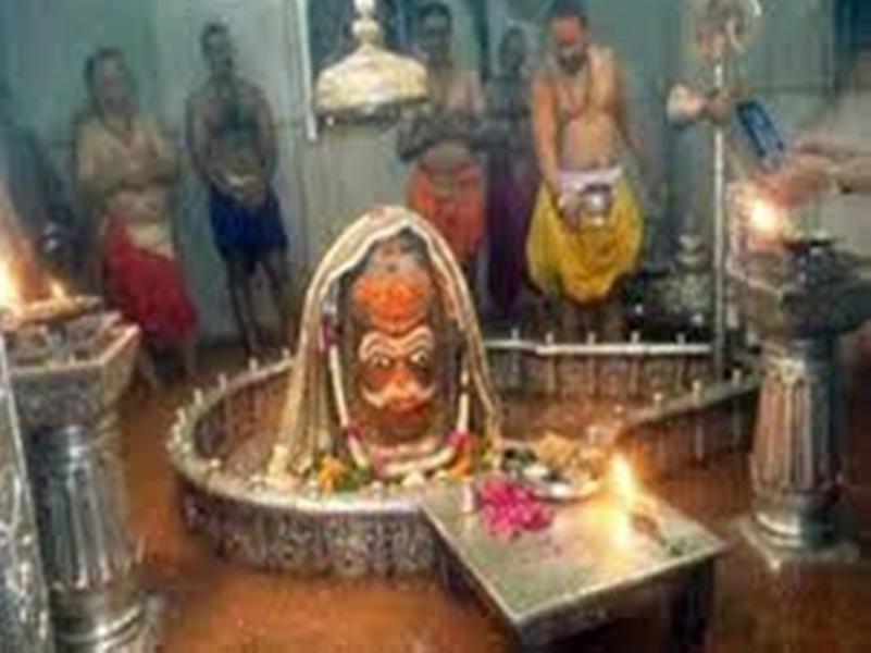महाकाल मंदिर में प्रवेश के लिए मेट्रो स्टेशन की तर्ज पर मिलेगा टोकन, सेंसर बेरिकेडिंग लगेगी