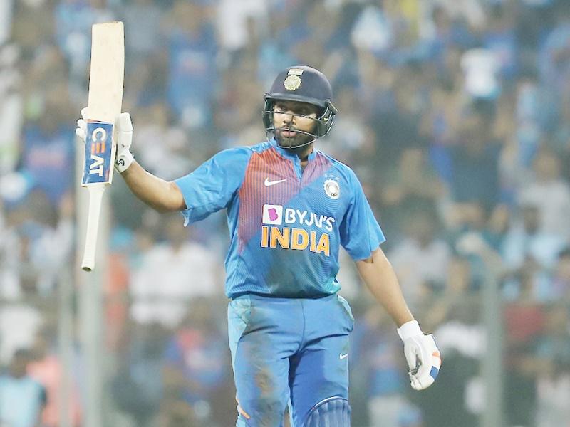 India vs West Indies: Rohit Sharma के पास ये बड़ा रिकॉर्ड बनाने के अब भी दो मौके