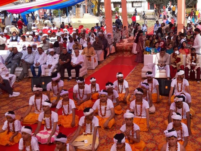 Upanayan Ceremony: रायपुर के शदाणी दरबार में हुआ 40 बटुकों का उपनयन संस्कार