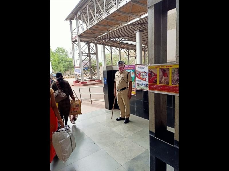 Bilaspur Railway News: कार्यालय बंद होने से आरपीएफ के जवानों की स्टेशन में लगाई गई ड्यूटी