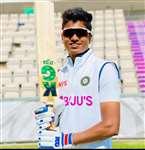पूजा वस्त्रकार ने इंग्लैंड के खिलाफ पहले दिन ही झटका पहला विकेट, प्रशंसकों में खुशी