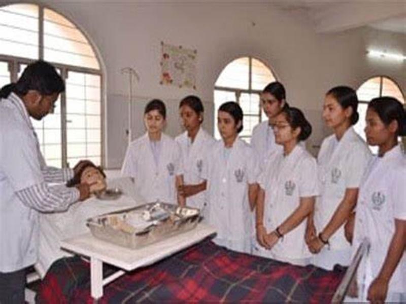 Gwalior Health News: सरकार की अनदेखी से नाराज नर्सेस 25 जून से हड़ताल की तैयारी में