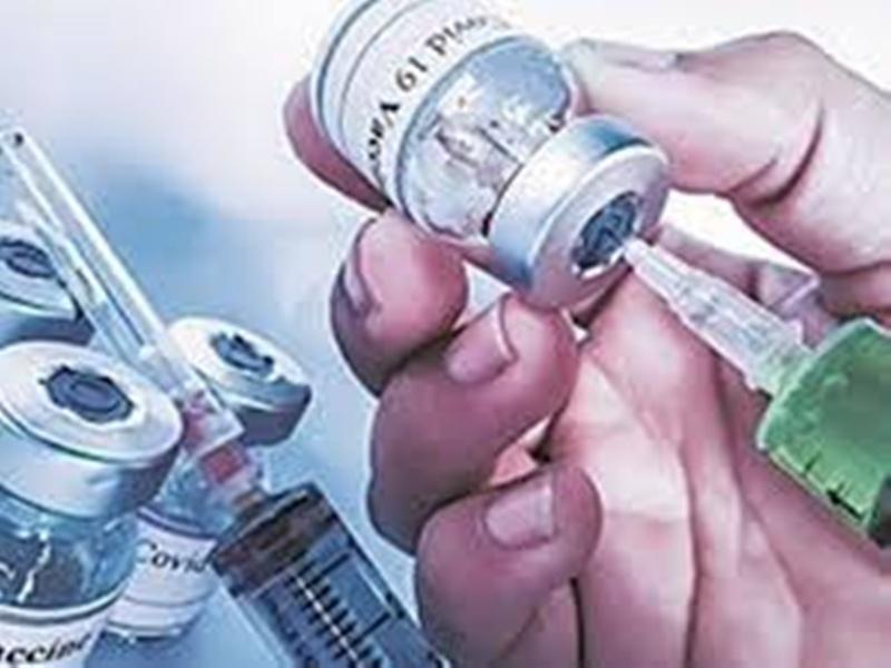 Gwalior Vaccination News: रिकॉर्ड टीकाकरण के बाद वैक्सीन का फिर टाेटा