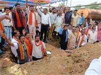 भाजपा किसान मोर्चा के साथ किसानों ने निकाली रैली