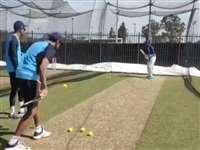 India vs Australia: केएल राहुल को इस खास अंदाज में प्रैक्टिस करवा रहे रविचंद्रन अश्विन, देखें Video