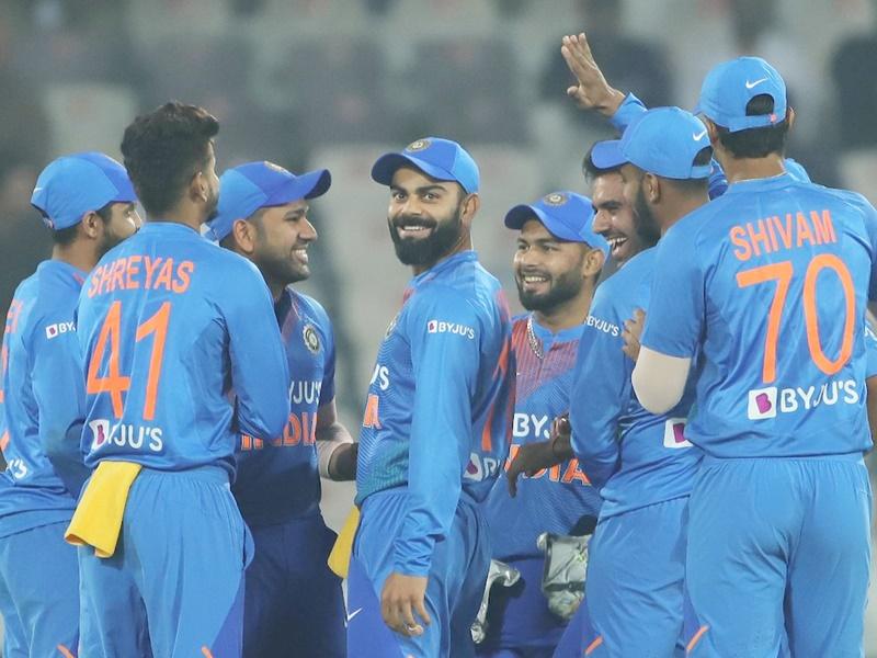 India vs West Indies 2nd ODI: सीरीज में बराबरी के लिए इस प्लेइंग इलेवन के साथ उतरेगी टीम इंडिया!