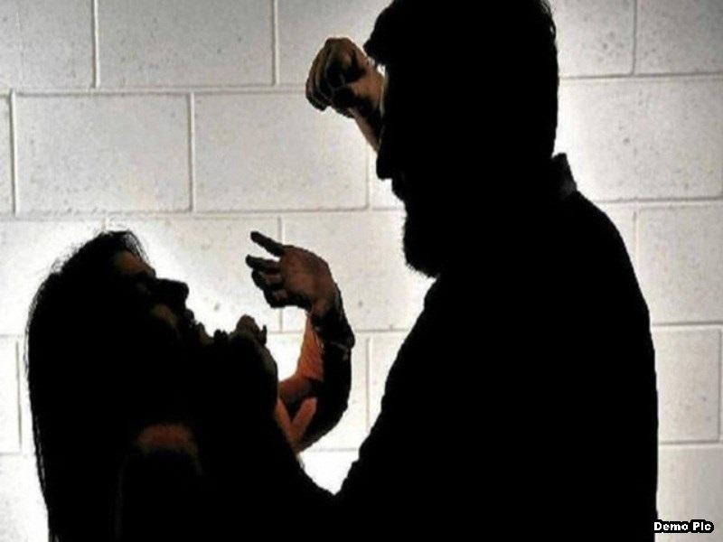 Indore Crime News:  पति के खिलाफ मारपीट की शिकायत, पत्नी ने पुलिस को दिया यह बयान